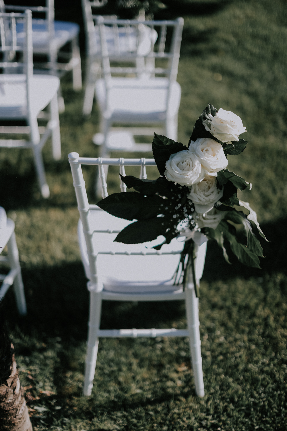http://www.weddingamalfi.com/wp-content/uploads/Alessandro-and-Diego-white-wedding-chiar-decoration-with-fresh-flowers.jpg