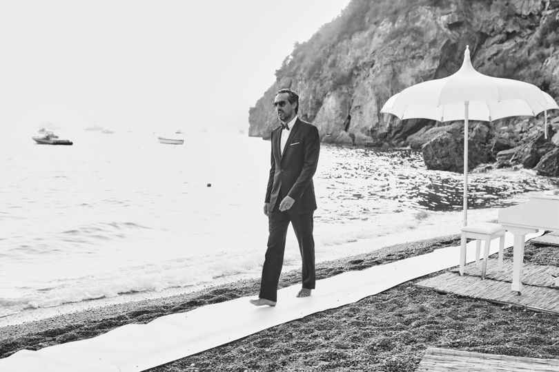 http://www.weddingamalfi.com/wp-content/uploads/Anna-and-Charles-black-and-white-wedding-photo.jpg