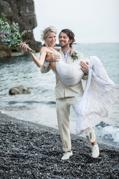 http://www.weddingamalfi.com/wp-content/uploads/Anna-and-Charles-just-married-on-the-beach.jpg
