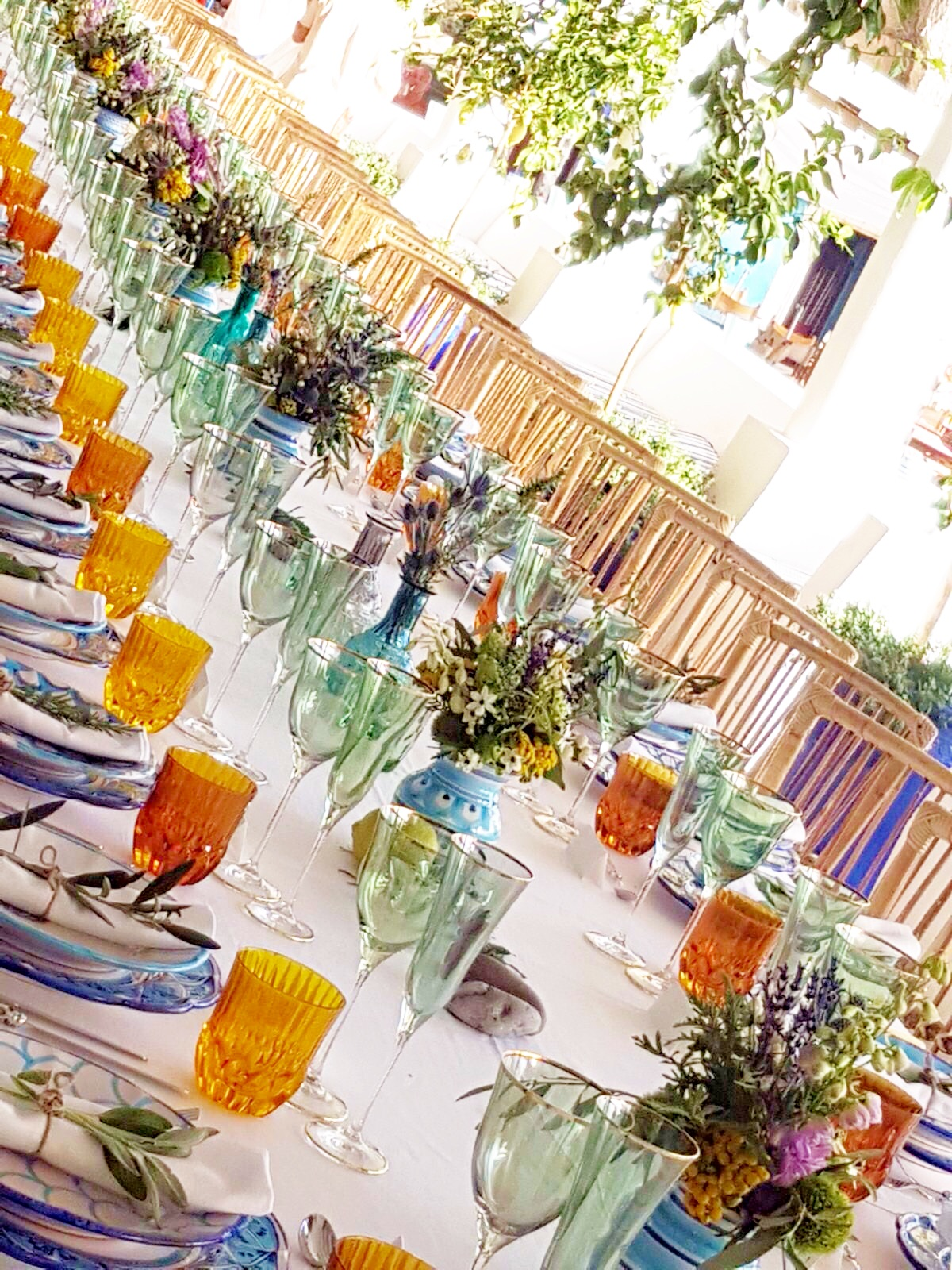 http://www.weddingamalfi.com/wp-content/uploads/Anna-and-Charles-wedding-table-colorful-decorations-featured-on-vogue.de_.jpg