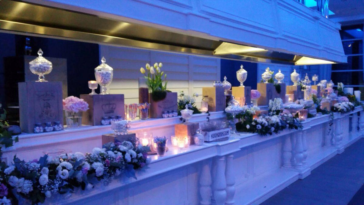 Domenico and Maria - wedding sweets and confetti