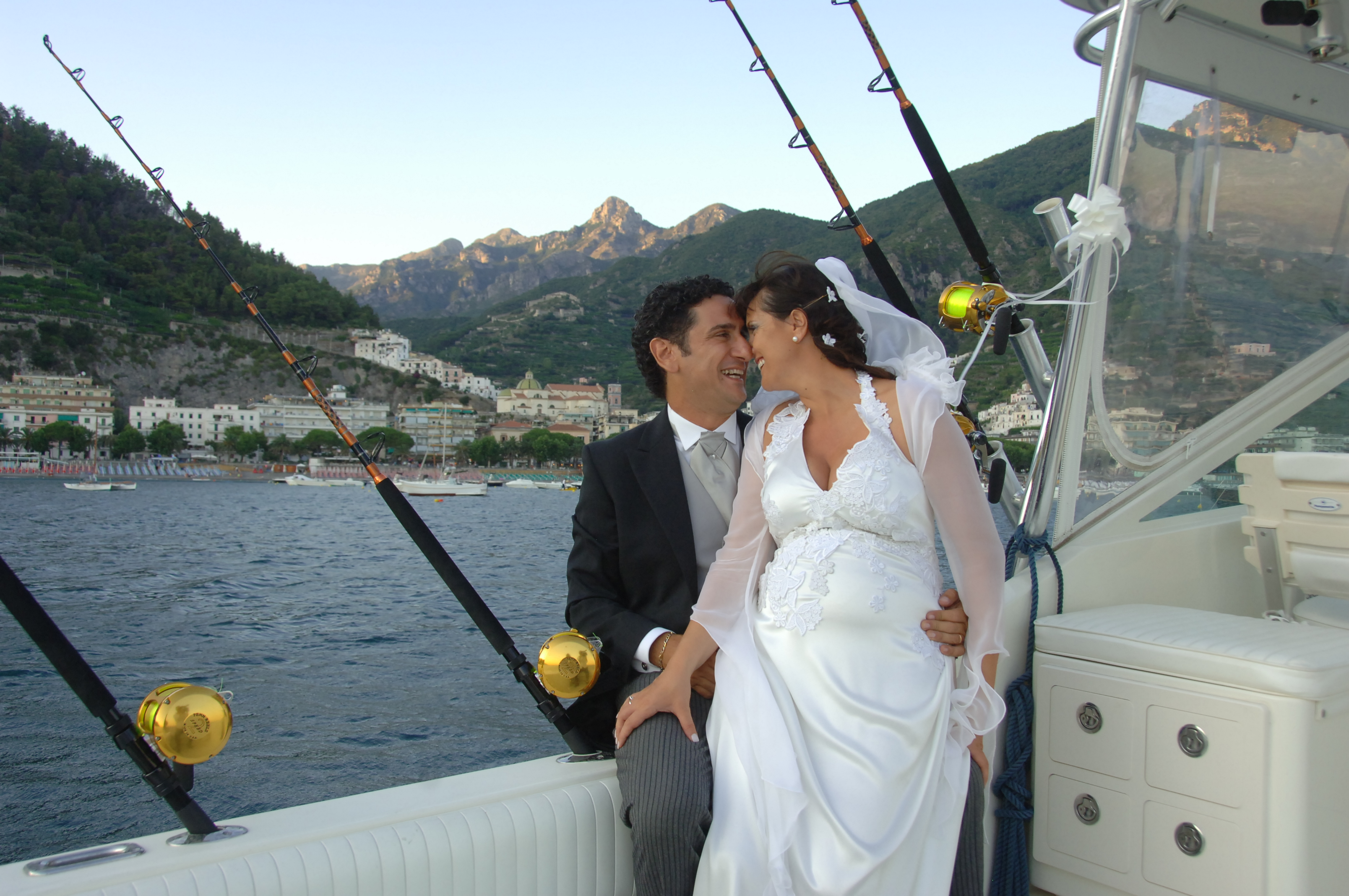 http://www.weddingamalfi.com/wp-content/uploads/Enza-and-Mario-15.jpg