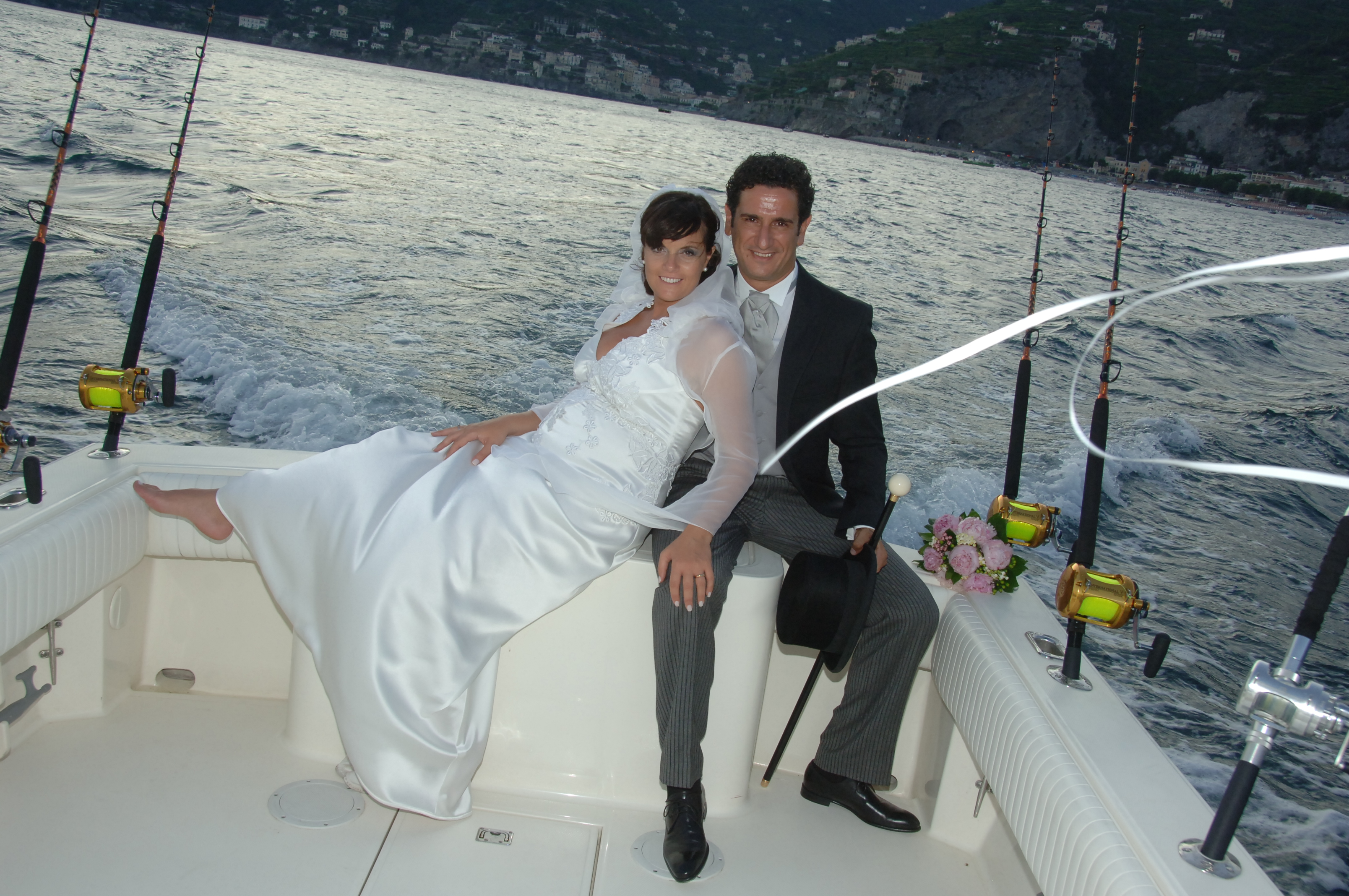 http://www.weddingamalfi.com/wp-content/uploads/Enza-and-Mario-18.jpg