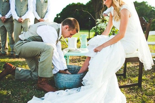 Meaningful-Wedding-Rituals-for-your-Ceremony-1.jpeg