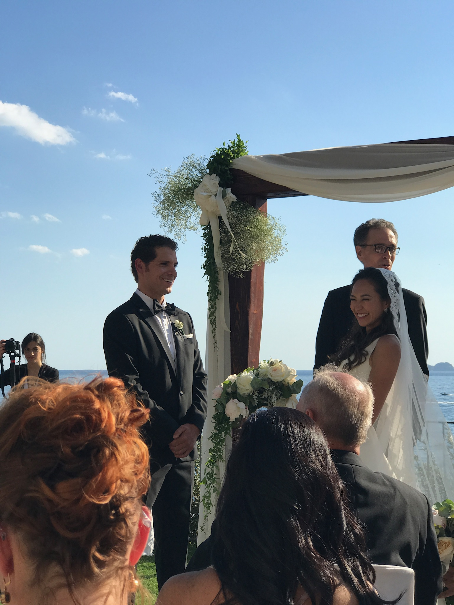 http://www.weddingamalfi.com/wp-content/uploads/Nathalie-and-Benjamin-wedding-in-Positano-3.jpg