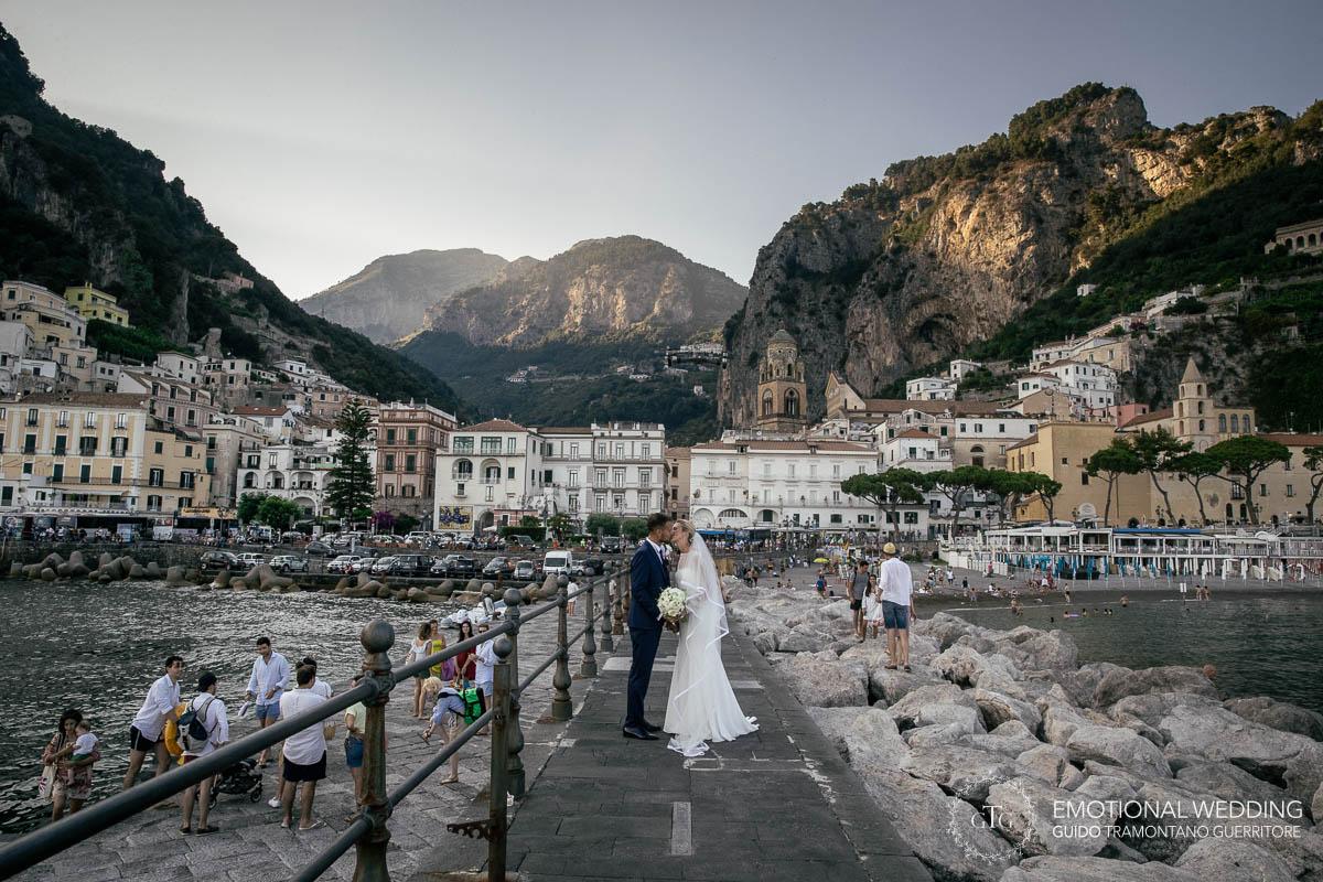 http://www.weddingamalfi.com/wp-content/uploads/Stefania-and-Alessandro-Wedding-in-Amalfi-23.jpg