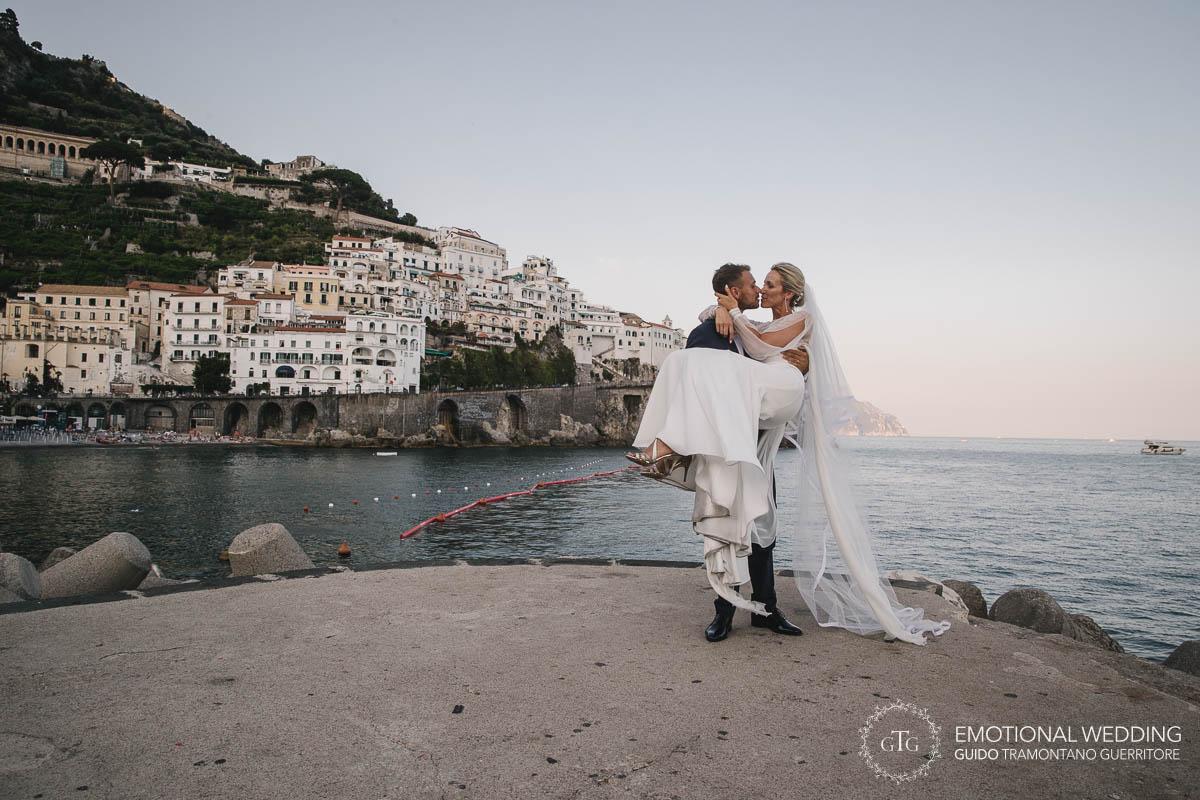 http://www.weddingamalfi.com/wp-content/uploads/Stefania-and-Alessandro-Wedding-in-Amalfi-24.jpg