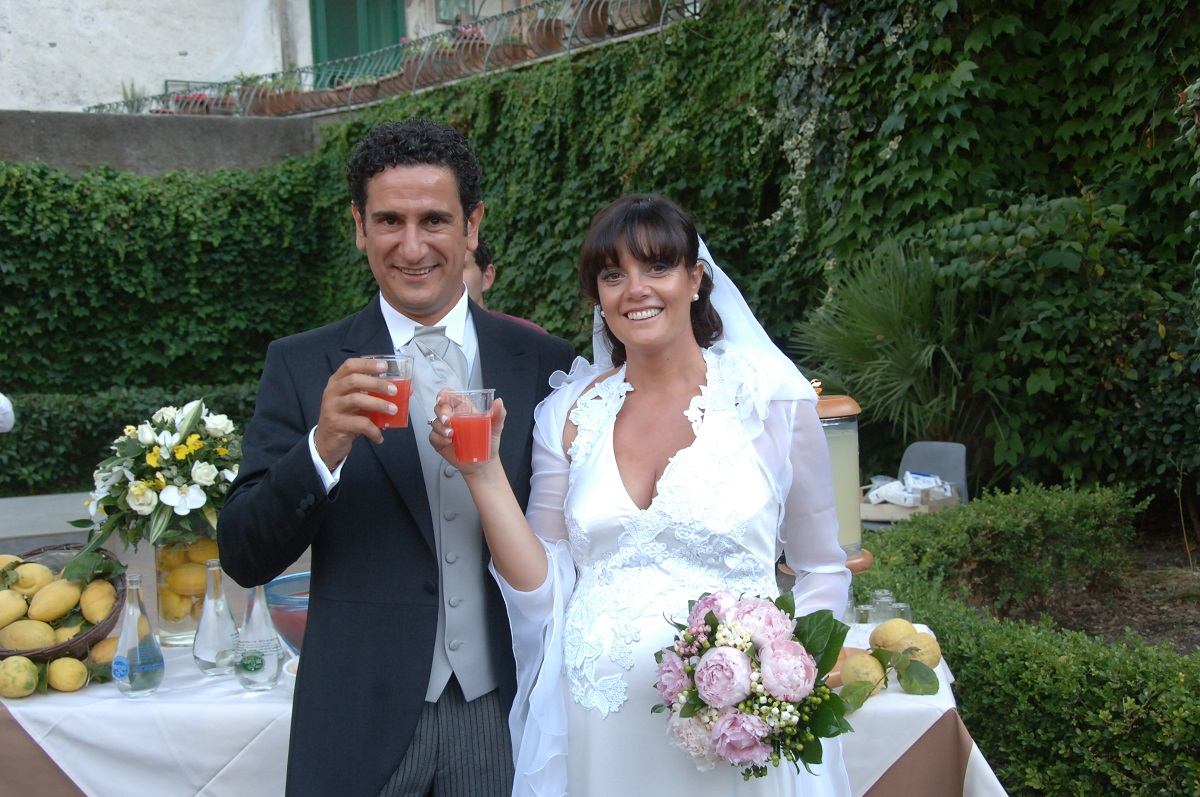 http://www.weddingamalfi.com/wp-content/uploads/it_s-aperitif-time-let-the-wedding-reception-dinner-begin.jpg