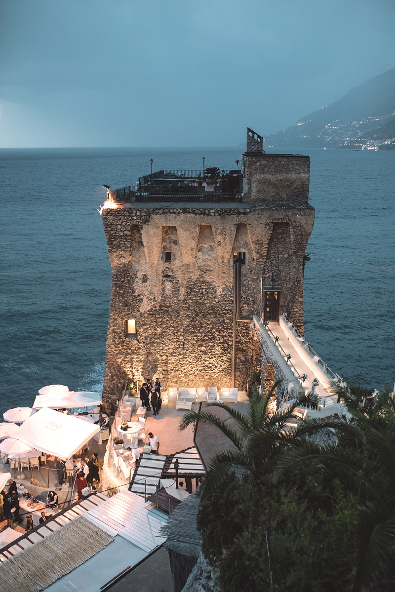 http://www.weddingamalfi.com/wp-content/uploads/roberta-e-nicola-18.jpg