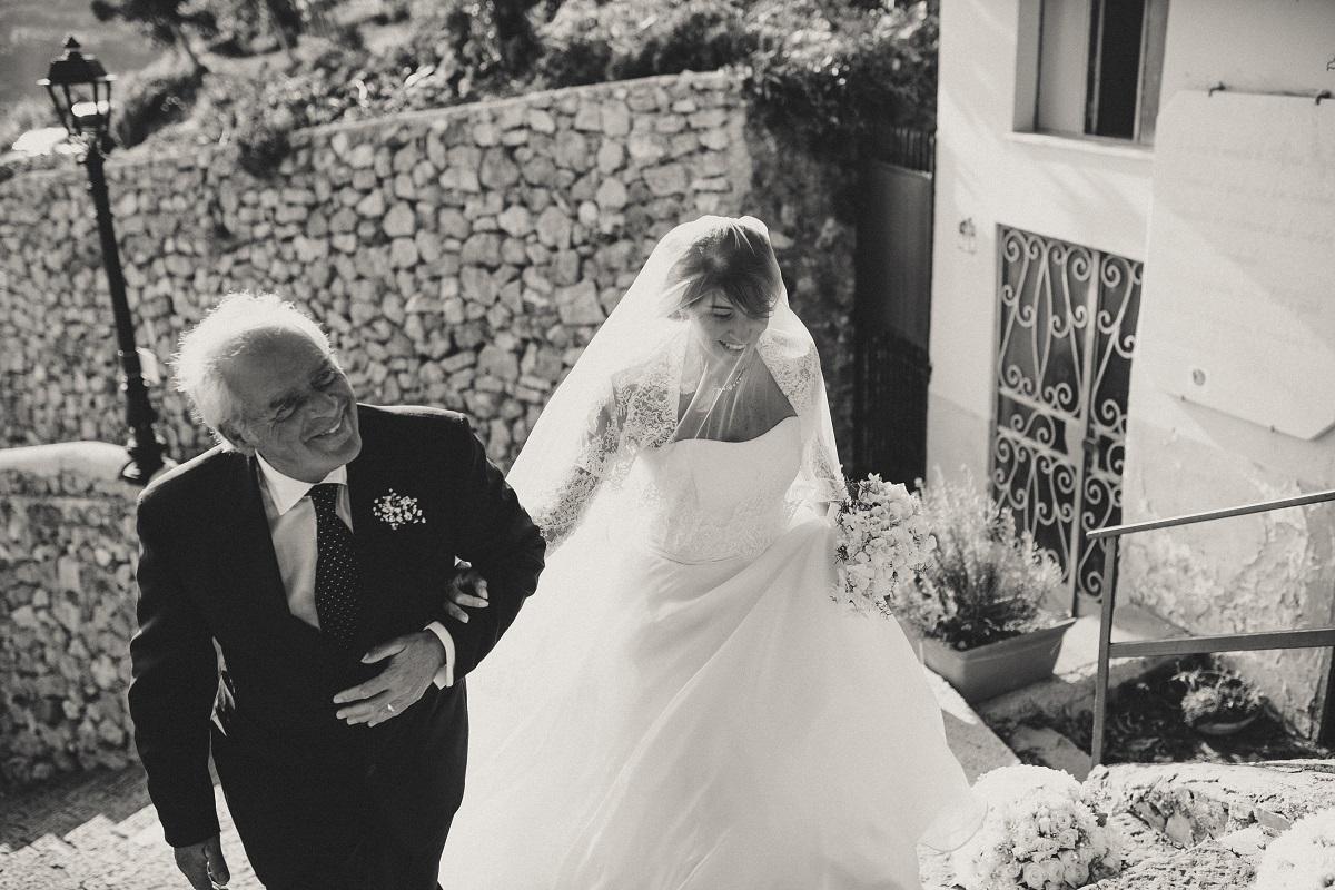 http://www.weddingamalfi.com/wp-content/uploads/roberta-e-nicola-4.jpg