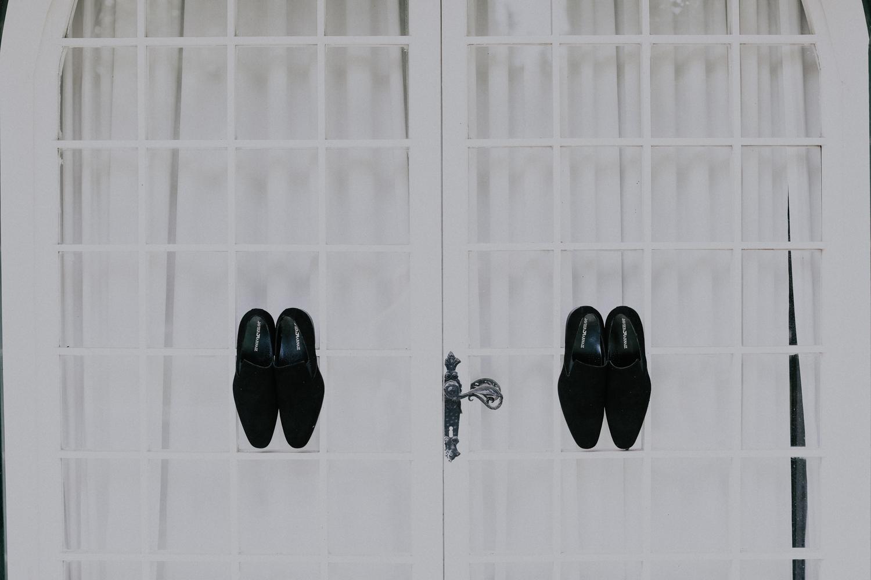 https://www.weddingamalfi.com/wp-content/uploads/Alessandro-and-Diego-grooms-wedding-shoes.jpg