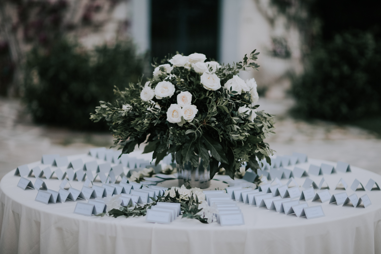 https://www.weddingamalfi.com/wp-content/uploads/Alessandro-and-Diego-paper-place-cards.jpg
