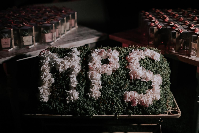 https://www.weddingamalfi.com/wp-content/uploads/Alessandro-and-Diego-wedding-flowers-decoration.jpg