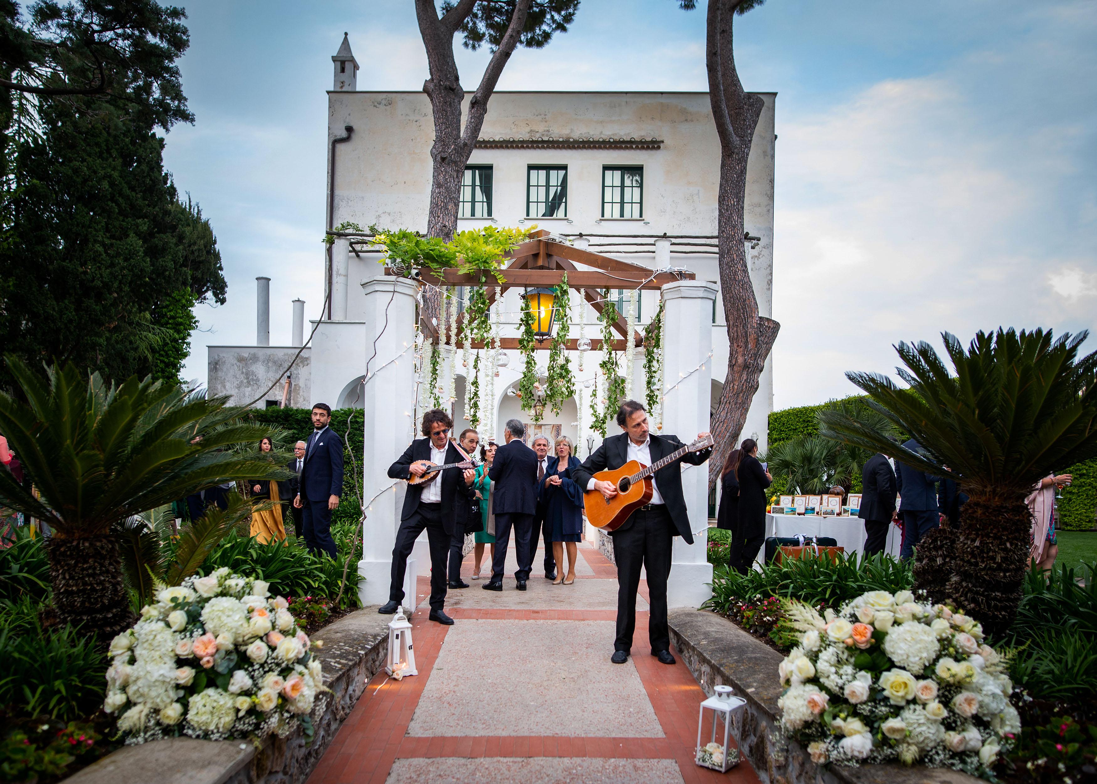 https://www.weddingamalfi.com/wp-content/uploads/Katia-Jorge-18-maggio-2019-39.jpg