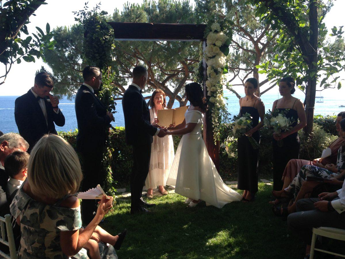 Laura and Jarrod seaside wedding ceremony on the Amalfi Coast