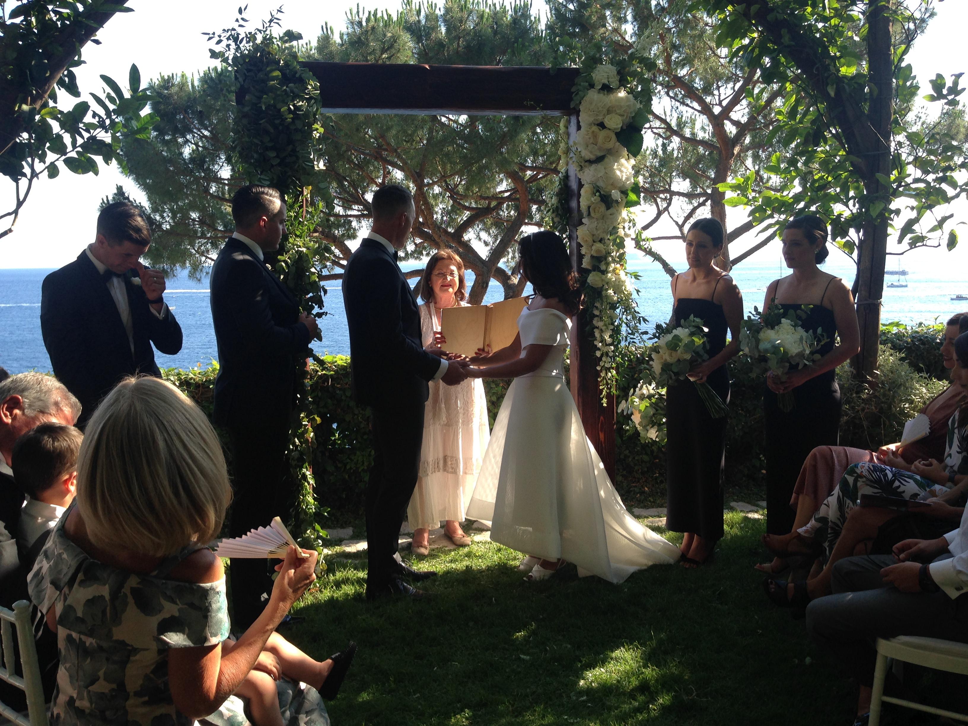https://www.weddingamalfi.com/wp-content/uploads/Laura-and-Jarrod-seaside-wedding-ceremony-on-the-Amalfi-Coast.jpg