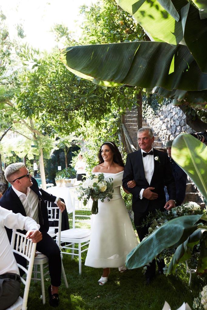 https://www.weddingamalfi.com/wp-content/uploads/Laura-and-Jarrod-the-bride-is-coming.jpg
