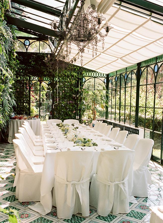 https://www.weddingamalfi.com/wp-content/uploads/elegant-garden-ladies-brunch.jpg