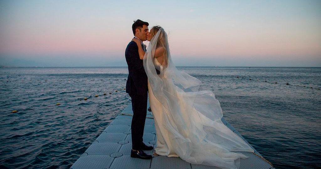 https://www.weddingamalfi.com/wp-content/uploads/sposi-1024x540.jpg